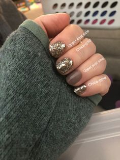 Upper east side and chica-gold Gray Nails, White Nails, Color Street Nails, Cute Nail Designs, Mani Pedi, Nails Inspiration, How To Do Nails, Summer Nails, Pretty Nails