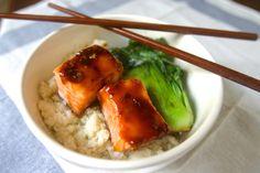 paleo asian salmon bowl
