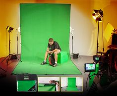 Chroma Pop Green Screen Studio