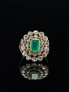 GEORGIAN NATURAL COLOMBIAN EMERALD AND DIAMOND CLUSTER RING FOR GLOVES WITH CERT