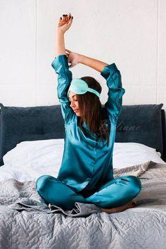 209 Best 2020 Fashion Silk Sleep Eye Mask Images In 2020 Silk Sleep Mask Sleep Eye Mask