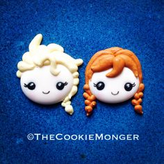 Elsa and Anna--Frozen--Royal Icing Transfers. or find any picture of frozen things eg colouring books and use royal icing transfer in the same way Disney Cookies, Frozen Cookies, Frozen Cake, Frozen Party, Anna Frozen, Frozen Theme, Fancy Cookies, Iced Cookies, Cute Cookies