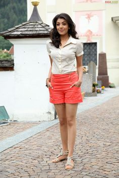 Kajal agarwal Bollywood Bikini, Bollywood Fashion, Indian Tv Actress, Indian Actresses, Beauty Full Girl, Beauty Women, Long Sleeve Midi Dress, Women Lifestyle, Business Dresses