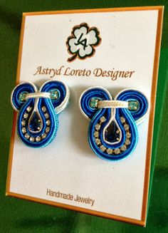 Shibori, Soutache Earrings, Small Earrings, Button Crafts, Beaded Embroidery, Washer Necklace, Jewerly, Handmade Jewelry, Beads