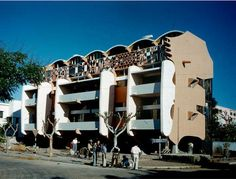 Smiling Lion Apartments, Lourenco Marques, Mozambique, 1958 — Pancho Guedes