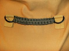 Make a Wide Sturdy Handle With the Portuguese Sinnet: 8 Steps (with Pictures) Diy Bracelets Step By Step, Survival Project, Survival Gear, Green Craft, Paracord Bracelets, Paracord Ideas, Survival Bracelets, Hemp Bracelets, Purse Handles