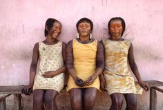 Miguel Rio Branco. BRAZIL. Amazon basin. Parà province. 1983. Kayapo indians. Prime candidates for marriage.Magnum Photos