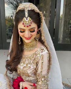 Latest Bridal Dresses, Fancy Wedding Dresses, Indian Bridal Outfits, Pakistani Bridal Dresses, Pakistani Bridal Couture, Bridal Lehenga, Cute Preppy Outfits, Wedding Lehenga Designs, Beautiful Pakistani Dresses