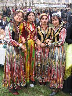 Tajik girls in traditional dress、Tajikistan.