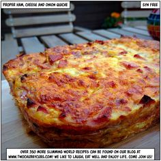Looking for a proper ham, cheese and onion quiche recipe which doesn't use cottage cheese and tears? Ours is gorgeous: a proper quiche recipe for SW! Slimming World Quiche, Slimming World Recipes Syn Free, Cheese And Onion Quiche Recipe, Skinny Recipes, Healthy Recipes, Diet Recipes, Chili Recipes, Egg Recipes, Healthy Meals