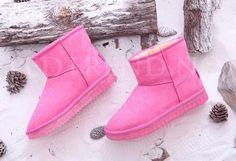 UGGS med LED | LED-Uggs -   LED-skoene finner du i nettbutikken ledtrend.no. Prisene på ledskoene varer varierer fra 599-, og oppover, GRATIS frakt på alle varer. Vi har mange forskjellige LED-sko, ta en titt da vel? på: www.ledtrend.no Ugg Boots, Uggs, Barn, Collection, Fashion, Hot Shoes, Fashion For Girls, Over Knee Socks, Kids Fashion Boy
