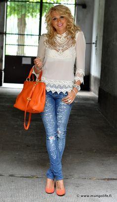 Korkkarit / Heels, Bianco Farkut / Jeans, Wrangler Paita / Shirt, VILA Laukku / Bag, Miu Miu