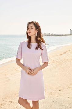 Son Ye Jin / BestiBelli / Summer 2017 Korean Actresses, Korean Actors, Asian Woman, Asian Girl, Iu Hair, Stealing Beauty, Korean Women, Tight Dresses, Kpop