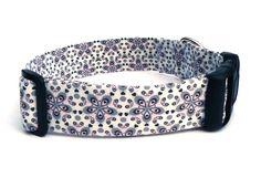 Hund: Halsbänder - Hundehalsband Ornamente grau rosa - ein Designerstück von pepanella bei DaWanda