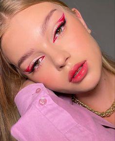 Edgy Makeup, Makeup Eye Looks, Creative Makeup Looks, Eye Makeup Art, Kiss Makeup, Pretty Makeup, Eyeshadow Makeup, Beauty Makeup, Hair Makeup