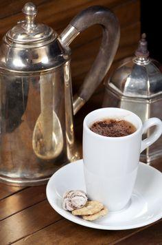 [Tortarelli] Está servido de uma xícara de chocolate quente?