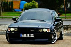 BMW E38 7 series black Alpina stance