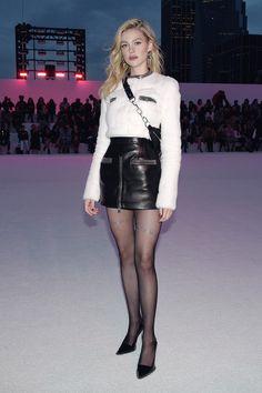 Nicola Peltz in a leather mini-skirt - American actress Nicola Peltz wearing a black leather mini-skirt Pantyhose Outfits, Black Pantyhose, Fashion Tights, Fashion Heels, Sexy Rock, Black Leather Mini Skirt, Leder Outfits, Stockings Legs, Sexy Legs And Heels