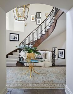 e2784f30aa1e Charlotte Moss designs a fashion-forward home that puts family first Front  Hall Decor