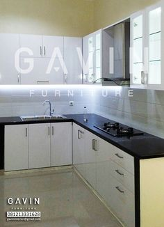 Kitchen set di taman semanan jakarta barat finishing hpl for Kitchen set hitam putih