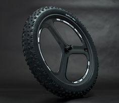 HED-carbon-fiber-tri-spoke-fat-bike-wheels