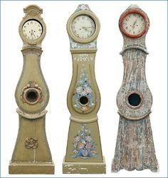 Mora clocks