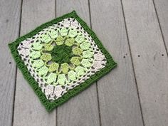 Vanna's Square Get a stunning PDF version of this pattern onRavelryfor only $1.00, or usethese instructions on my blog today for free! Materials Yarn: Vanna's Choice, Lion Brand Yarn Tools…