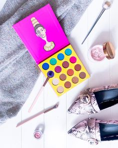 My review of this pretty little thing from @juviasplace is now live ! Go take a read and leave a comment - link in bio !  . Sorry this wasnt up yesterday - tech issues  . In this : @asos Shoes  @beautybakeriemakeup Powder  @luxiebeauty Brushes  @realtechniques Brush . . . #juviasplace #eyeshadow #eyeshadowtutorial #mua #makeupmafia #makeup #beauty #instamood #instagood #instamakeup #instabeauty #asos #snakeskin #beauty #beautybakerie #luxie #luxiebeauty #makeupbrushes #rosegold #bomb…
