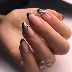 What manicure for what kind of nails? - My Nails Elegant Nail Designs, Black Nail Designs, Nail Art Designs, French Nails, French Manicures, Pointy Nails, Short Nails Art, Manicure Y Pedicure, Super Nails