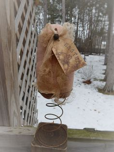 FOLK Art PrimiTive Spring EasTer BunnY TaG Shabby PiNk EGG Holiday DecoraTion #PrimitiveGrungyLook #MelissaHarmon