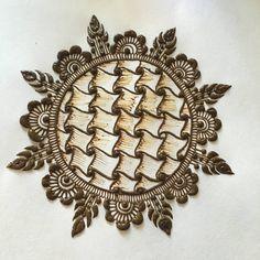 new mehndi designs 15 New Mehndi Designs 2018, Modern Mehndi Designs, Mehndi Design Pictures, Henna Designs Easy, Beautiful Mehndi Design, Arabic Mehndi Designs, Bridal Mehndi Designs, Henna Tattoo Designs, Mehndi Images