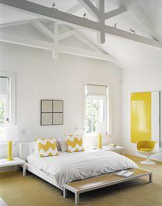O meu quarto também quero com amarelo...muito soft !