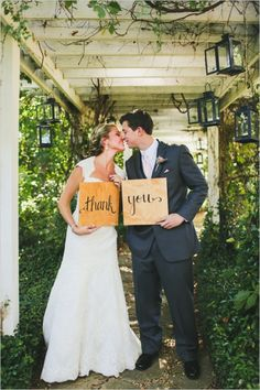 thank you wedding sign #thankyou #rusticwedding #weddingchicks http://www.weddingchicks.com/2014/01/07/lace-and-burlap-wedding/