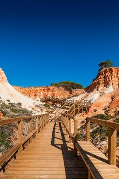 Walkway to Falésia Beach, Albufeira, in the Algarve - Topiaris, João Morgado