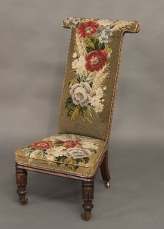 french antique prayer chair prayer kneeler antique furniture kneelers and whipping posts. Black Bedroom Furniture Sets. Home Design Ideas