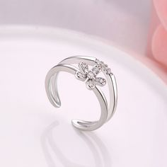 Trendy Platinum Plated Plant Cubic Zirconia Ring for Women GPR1406 3