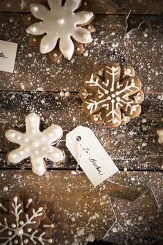 Gingerbread snowflakes from Chasing Delicious