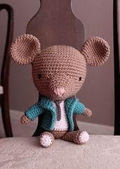 Ravelry: Francisco the Fancy Mouse pattern by Van Vuong