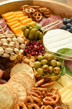 Remember there is no right or wrong way to put a charcuterie board together. Just have fun and make your board vibrant, visually appetizing Charcuterie Recipes, Charcuterie And Cheese Board, Charcuterie Platter, Cheese Boards, Meat Cheese Platters, Party Food Platters, Appetizers For Party, Appetizer Recipes, Catering Food Displays
