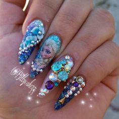 Frozen Nails #frozen #frozennails #elsanails Www.Instagram.com/bettycakezz
