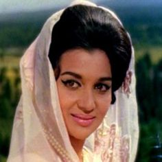 Asha Parekh a is a queen of Bollywood. She rule over the heart of lover. Look her beauty more closely at.