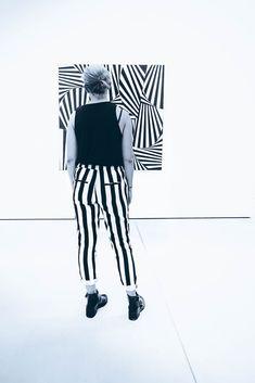 Shades Of Grey, Photographs, Black And White, Pants, Fashion, Trouser Pants, Moda, Black N White, Fashion Styles
