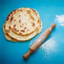 Try out this easy Cape Malay roti recipe from Cariema Isaacs, so you have the perfect addition for all your favourite curries. South African Recipes, Ethnic Recipes, Hottest Curry, Malay Food, Roti Recipe, Pastry Brushes, Serving Plates, Curry Recipes, Dinner Plates