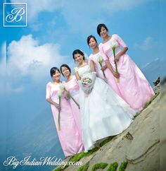 Bride Benchilo  with bridesmaids , Betoka Swu Photography