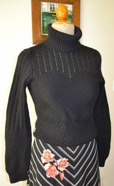 Maglione vintage donna anni '90 marca Moschino di OttaviaVintage