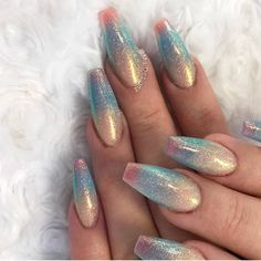 """706 Likes, 5 Comments - dailycharme (@daily_charme) on Instagram: """"Pretty nails by @maidesignz featuring our Aurora Fairy Dust ✨ Shop for it at DailyCharme.com! """""""