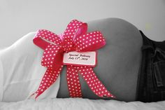 maternity photography with props | Maternity Photography Prop by ashleysbellybows on Etsy
