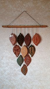 New Free of Charge clay pottery designs Thoughts Keramik-Wand-Dekor-Blätter Keramische Wand-Dekor-Blätter Keramik-Wan Hand Built Pottery, Slab Pottery, Ceramic Pottery, Pottery Art, Ceramic Art, Ceramic Decor, Ceramic Bowls, Thrown Pottery, Pottery Studio
