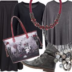 Mantella e colori di tonalità dal grigio al nero per questo outfit grunge and confy. La collana fa da cornice in coppia con la shopper stampata. L'anello importante vi piace?