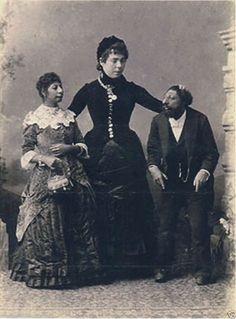Creepy Victorian Family | 1000x1000.jpg